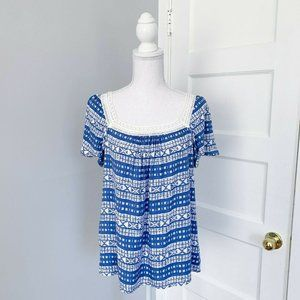 NWT Skies Are Blue Square Crochet Collar Top Blue